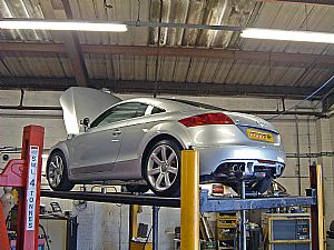 Audi TT 2.0 TFSI exhaust system in development for Audi International 2006 Show, Castle Combe
